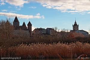 Le chateau de Chenaux (à gauche) et le clocher de la collégiale St-Laurent (à droite), Estavayer-le-lac