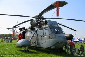 Un hélicoptère Sikorsky S-61A-1 Sea King des forces aériennes dannoise lors de AIR04