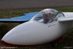 Un pilote de planeur heureux de participer à la Fête de l'Air d Yverdon