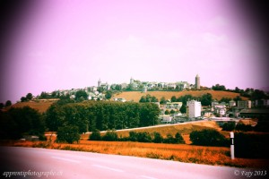 La petite ville de Romont, photo prise depuis Billens