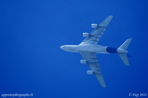 L'Airbus A380 en demi tonneau