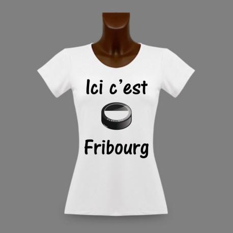 T-Shirt Dame moulant - puck de hockey - Ici c'est Fribourg