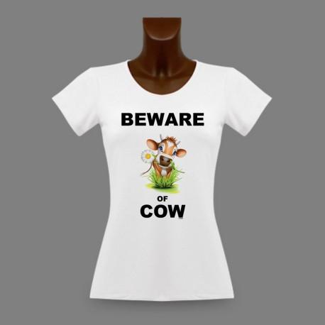 Frauen Slim T-shirt - Beware of Cow