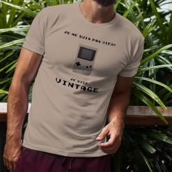 """T-Shirt humoristique homme - Vintage Gameboy - la célèbre Gameboy et la citation """"Je ne suis pas vieux, je suis vintage"""""""