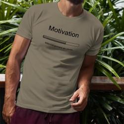 Motivation, téléchargement en cours ★ T-Shirt humoristique homme, pour ceux qui doivent récupérer la motivation ailleurs...