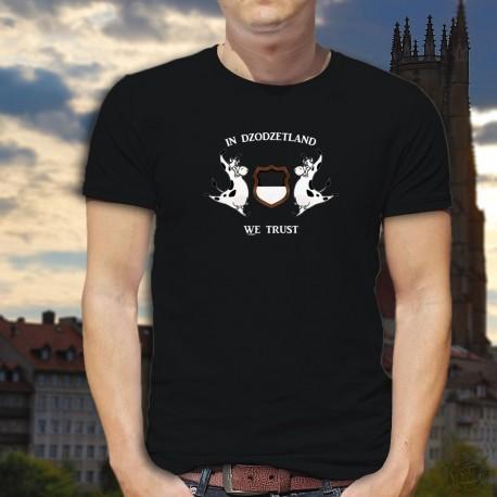 """Uomo cotone T-Shirt -  In Dzodzetland we Trust - variazione del motto americano """"In God we trust"""" e mucche Friburgo"""