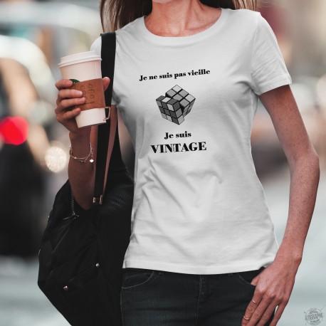 """T-Shirt dame - Vintage Rubik's cube, jeu des années quatre-vingt, citation humoristique """"Je ne suis pas vieille, je suis Vintage"""
