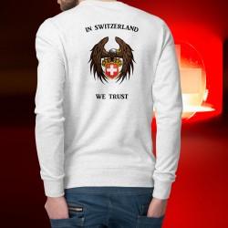 In Switzerland We Trust ✚ Adler ✚ Herren Mode Pulli - In der Schweiz vertrauen wir
