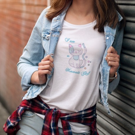 Women's fashionT-Shirt - I am a Kawaii Girl (I am an adorable girl), with a cat in Kawaii culture style