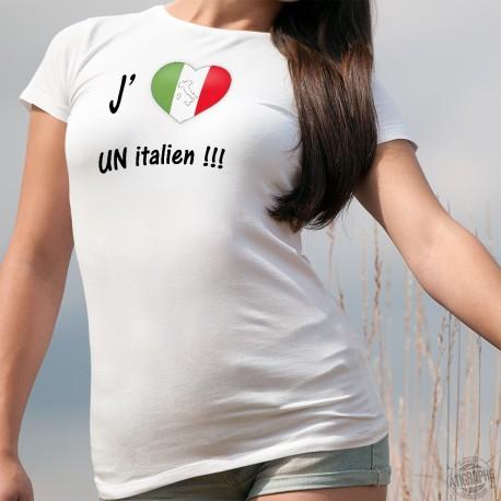 T-Shirt mode dame - J'aime un Italien - coeur aux couleurs de l'Italie et botte italienne