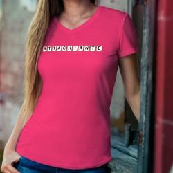 Attachiante ✻ lettres de Scrabble ✻ T-Shirt coton dame sur un trait de caractère typiquement féminin