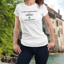 Les femmes ne sont pas parfaites ! mais les Vaudoises en sont sacrément proches ✿ T-Shirt dame - écusson vaudois