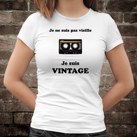 Vintage Cassette audio ⏪⏸⏵⏹ Je ne suis pas vieille, je suis Vintage ⏩ T-Shirt humoristique dame bande magnétique