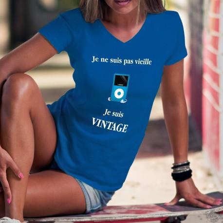 Vintage iPod ❋ Je ne suis pas vieille, je suis Vintage ❋ T-Shirt coton dame lecteur mp3