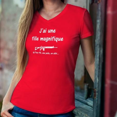 J'ai une fille magnifique, un Fass 90, une pelle, un alibi... ★ T-Shirt coton dame, fusil d'assaut 90 de l'armée suisse
