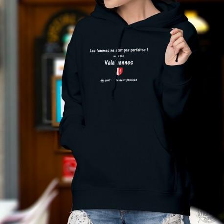 Cotton Hoodie T-Shirt - Valaisanne, la femme presque parfaite ❤