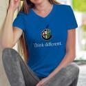Alfa Romeo Think different ✻ penser différemment ✻ T-Shirt coton dame