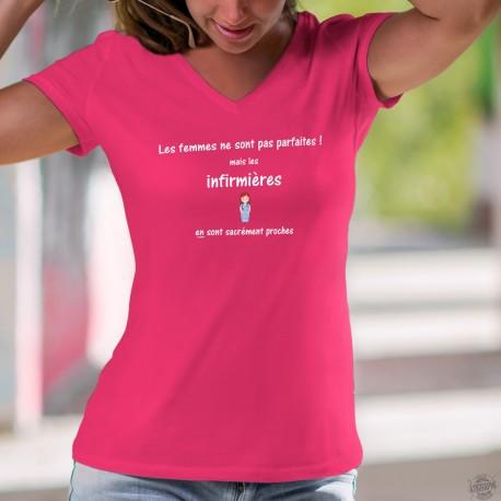 Les femmes ne sont pas parfaites ! mais les Infirmières en sont sacrément proches ❤ T-Shirt coton dame infirmière souriante