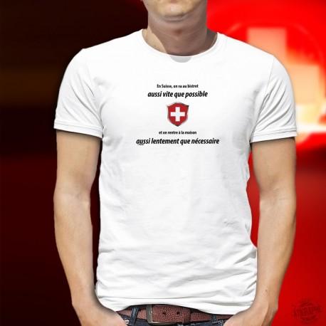 En Suisse on va au bistrot aussi vite que possible ✚ Herren T-Shirt