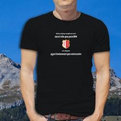 Un bon valaisan remplit son verre aussi vite que possible et le déguste aussi lentement que nécessaire ✚ T-Shirt coton homme