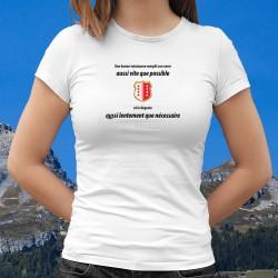 Donna moda T-shirt - Une valaisanne remplit son VERRE aussi vite que possible ❤