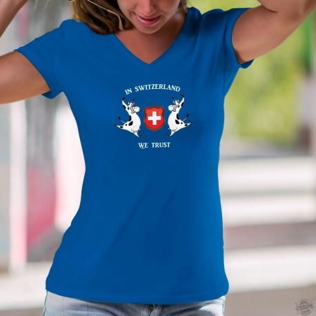 In Switzerland we Trust ✚ vaches Holstein ✚ T-Shirt coton dame, Nous croyons en la Suisse
