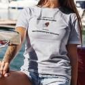 Donna T-Shirt - Je déballe le chocolat aussi vite que possible ✚