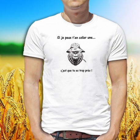 Si je peux t'en coller une ✪ c'est que tu es trop près ✪ T-Shirt homme, ours grognon, Panama et un brin de blé dans la bouche