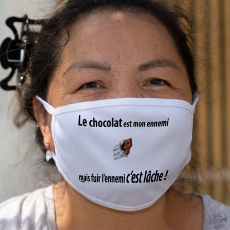 Le chocolat est mon ennemi, mais fuir l'ennemi c'est lâche ❤ Masque humoristique en tissu lavable