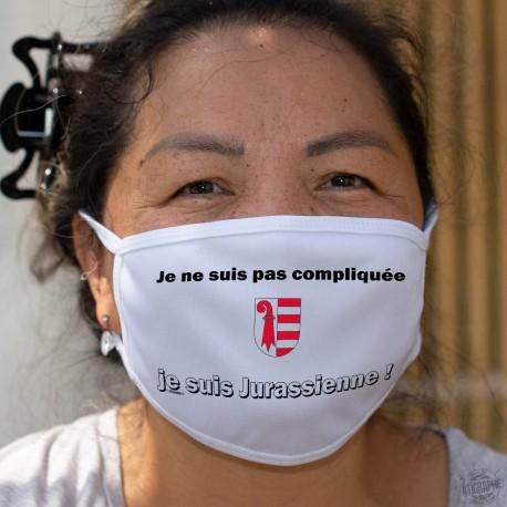 Je ne suis pas compliquée ★ je suis Jurassienne ★ Masque tissu lavable, écusson Jurassien