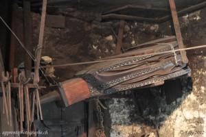 Soufflet servant à attiser le feu afin d'augmenter la température permettant ainsi de travailler le métal plus facilement