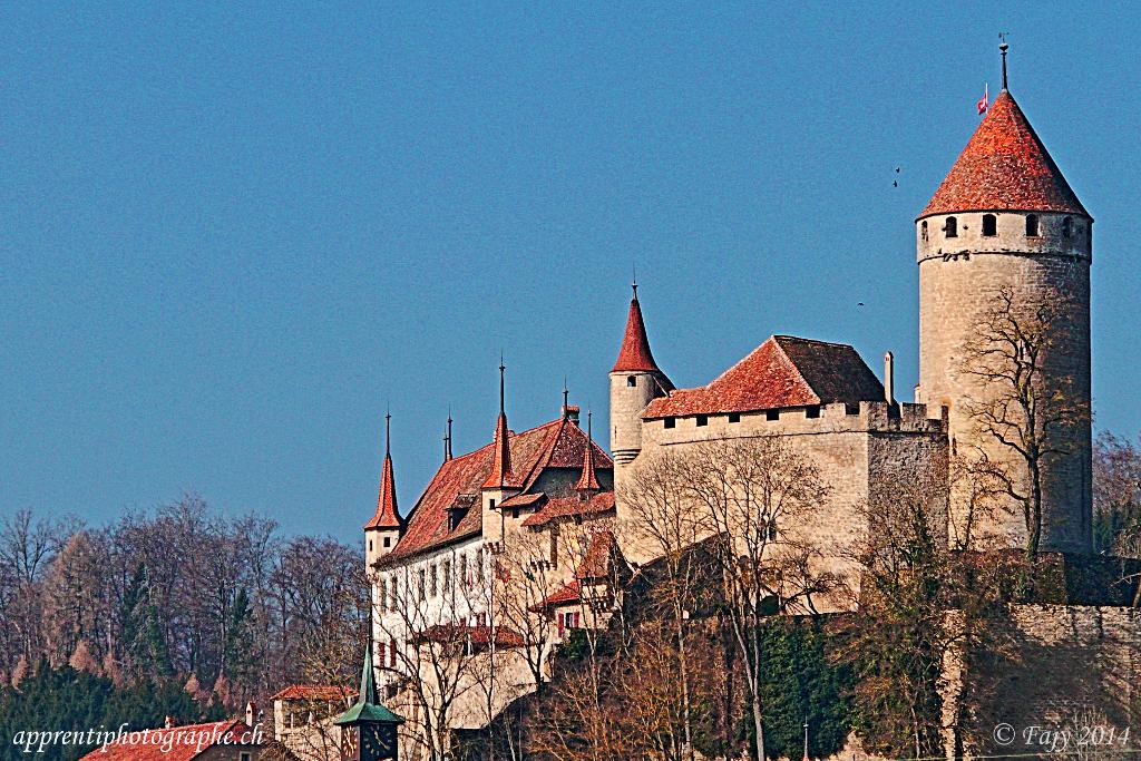 Le château de Lucens en HDR